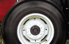 wide-rotation-tires